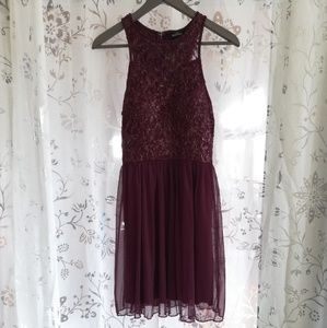 Beautiful Burgundy HoCo Dress w/ Gold Details